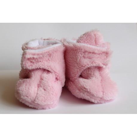 Chlpaté flísové papučky - capačky ružové 0-6m